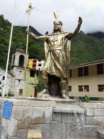 Machu Picchu Pueblo: Plaza Aguas Calientes