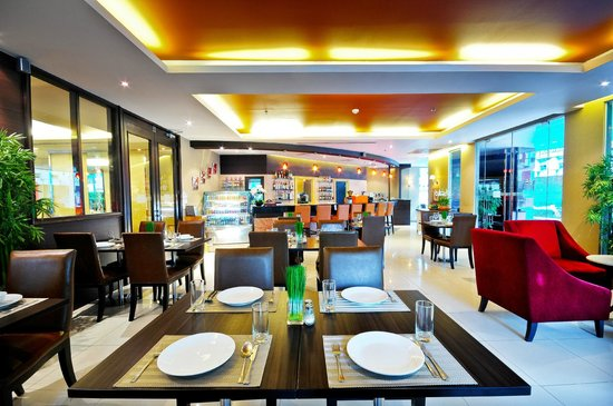 Admiral Premier Bangkok by Compass Hospitality: The Cinnamon Restaurant