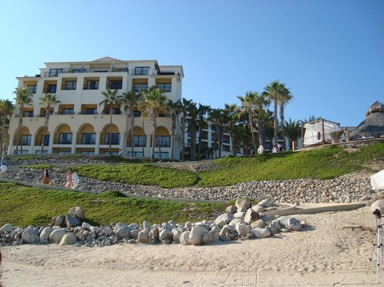 Hilton Los Cabos Beach & Golf Resort : vista de la playa al hotel