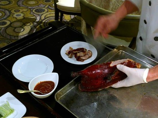 Tableside preparation of Beijing duck