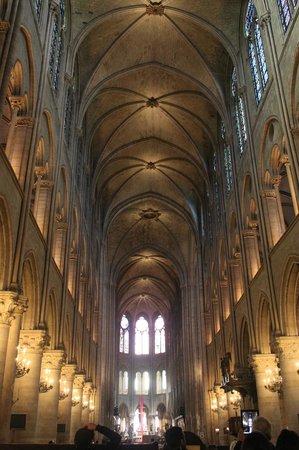 Cathédrale Notre-Dame de Paris : Собор Парижской Богоматери