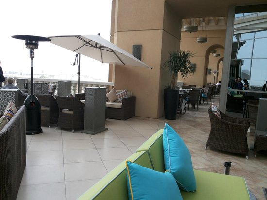 Sheraton Dubai Mall of the Emirates Hotel: 5th floor sit-out #2