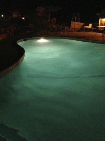 Mountain Gate RV Park: pool