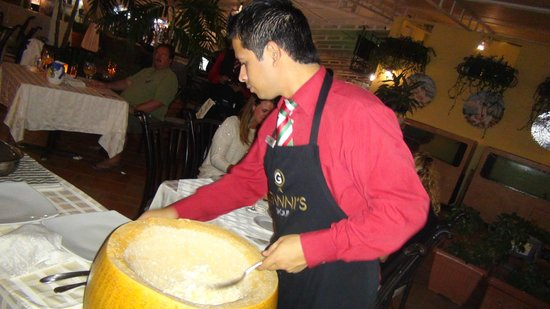 Gianni's Ristorante Italiano: We ordered gnocchi in the parmesan pinwheel