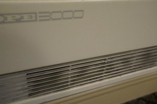 CityLife Wellington : Close examination of the layer of dust on the in-room aircon/heater unit (didn't touch it at all