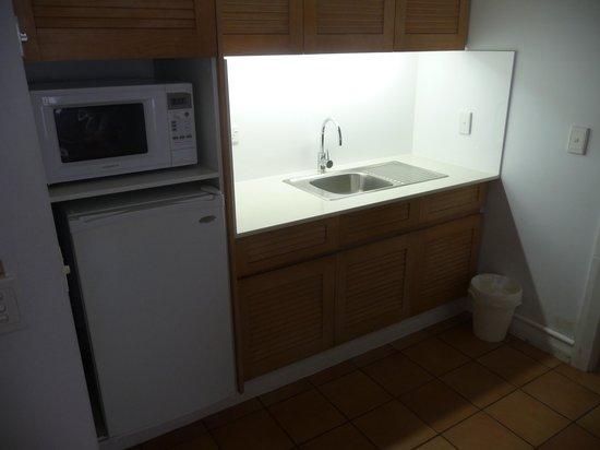 Novotel Twin Waters Resort : Kitchen area