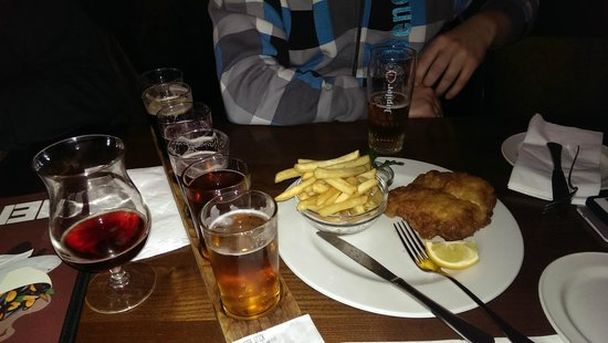 Lowlander : Fish and chips add a lot of beer