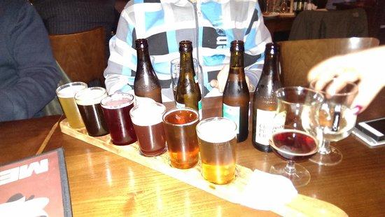 Lowlander : доска с пивом на дегустацию