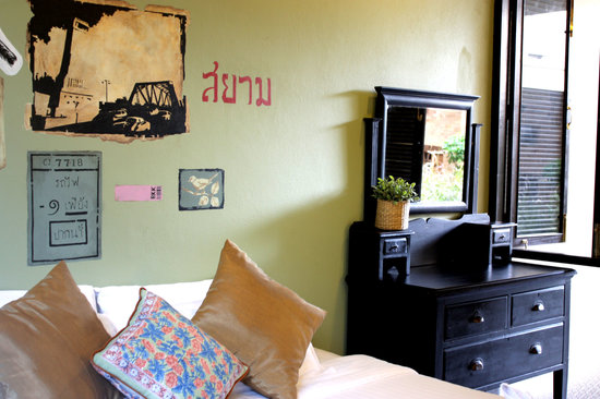Feung Nakorn Balcony Rooms & Cafe: Feung nakorn Suite room