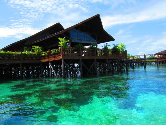 Sipadan Water Village : where it greets you
