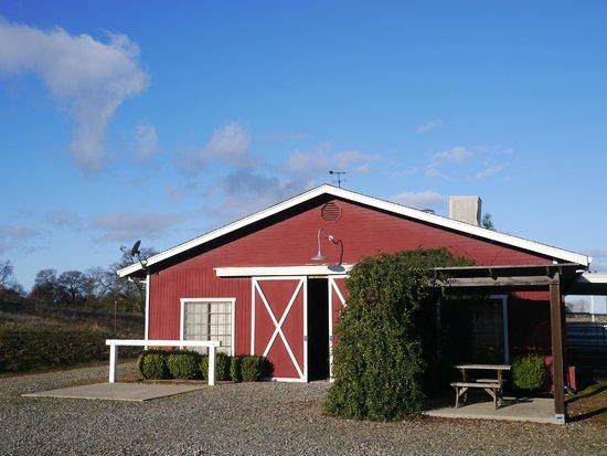 Rancho Bernardo Bed & Breakfast: barn room