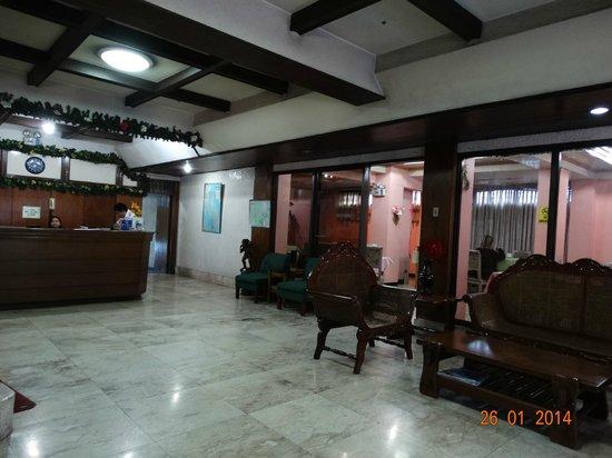 Belfranlt Hotel: La reception