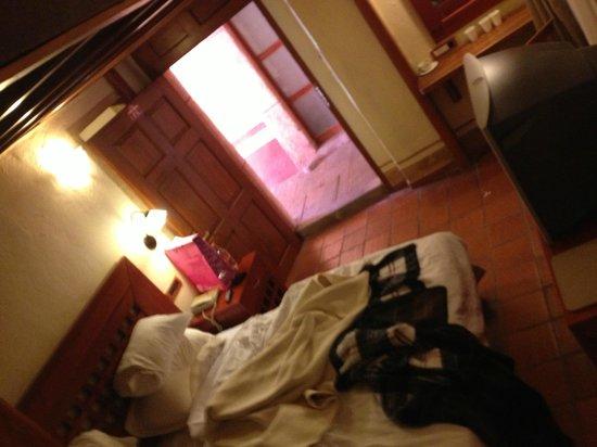 Hotel Quinta Santiago: habitación