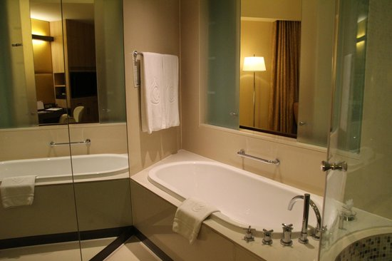 Centara Grand at CentralWorld: Ванная