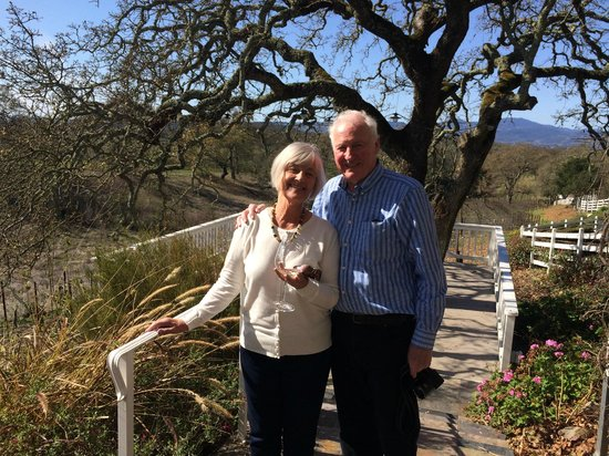Lonnie's Wine Tours & Transportation: Enjoying the February sunshine