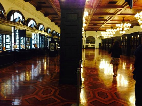 Presidential Museum and Library: Museum Hall