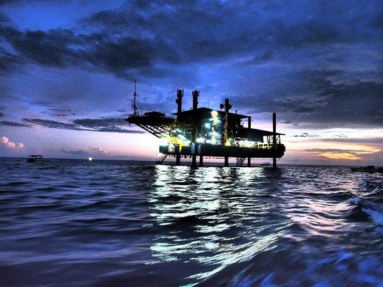 Seaventures Dive Rig: The rig