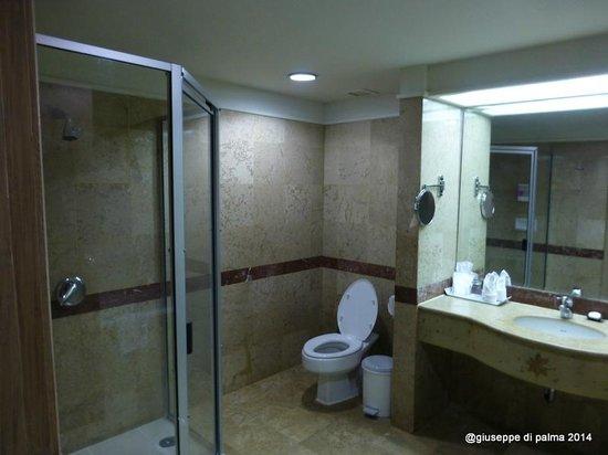 Baiyoke Sky Hotel: bagno