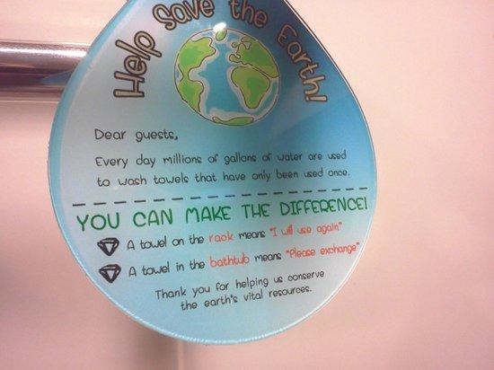 Grand Diamond Suites Hotel : Bathroom