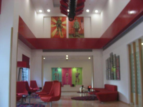 Red Fox Hotel, Delhi Airport: reception