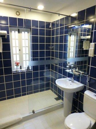 Jetwing St. Andrew's: bathroom