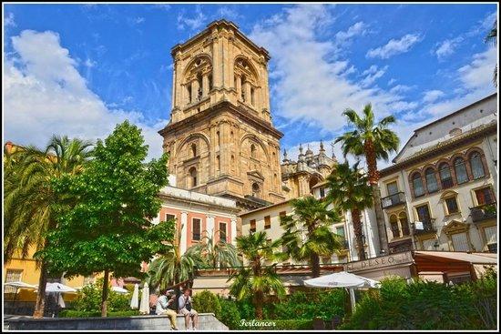 Casa Montalbán Apartamentos: La Catedral desde la Romanilla