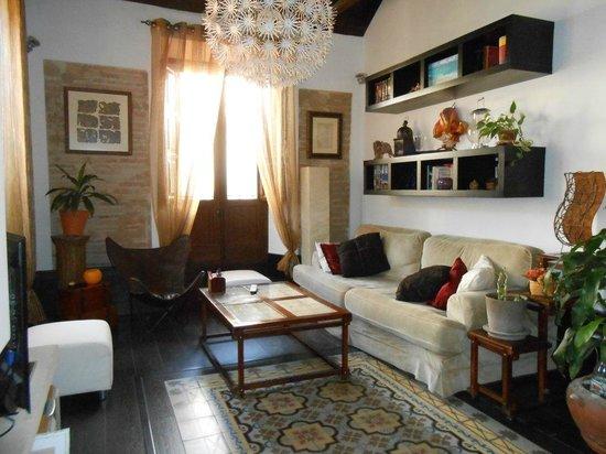 Casa Montalban Apartamentos : El salón