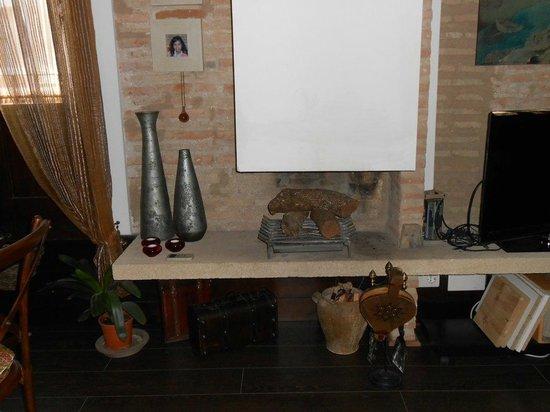 Casa Montalban Apartamentos : La chimenea