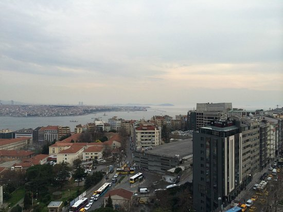 InterContinental Istanbul : Vista dalla camera all'undicesimo piano