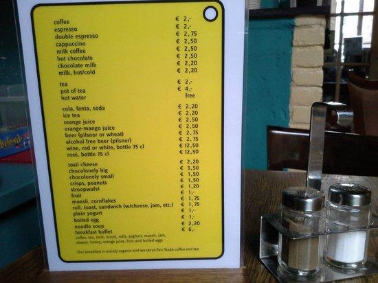 Strowis Budget Hostel: menu