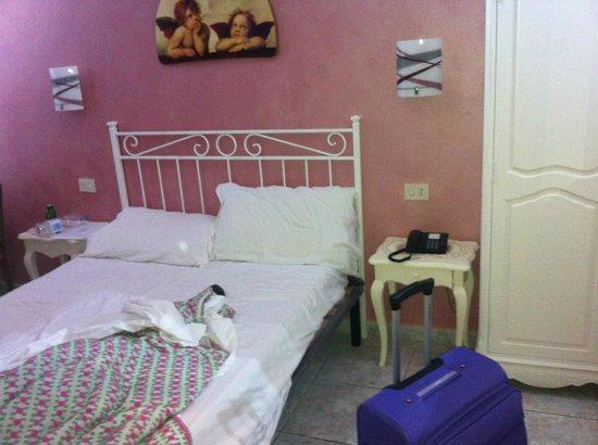 Hotel Principe Amedeo: la camera