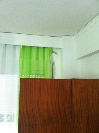 Lefka Hotel & Apartments : Δωμάτιο, κουρτίνα