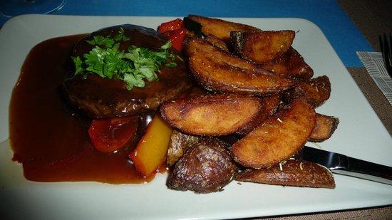 Hotel Laanihovi: raindeer steak