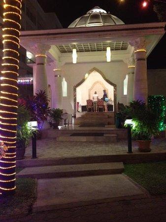 Chanalai Romantica Resort: Ingresso Hotel