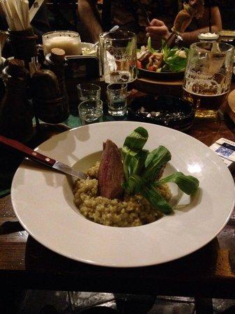 Restaurant Bredovsky Dvur: Мясо в винном соусе