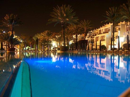 Atlantic Palace Agadir: wieczorem