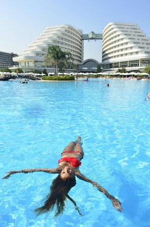 Miracle Resort Hotel: Pools