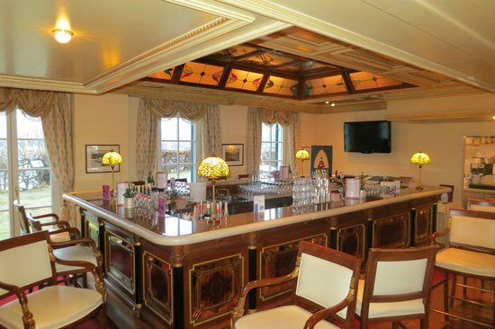 Grand Hotel Zell am See : The Upstairs Bar