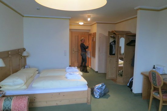 Grand Hotel Zell am See : Hotel Room