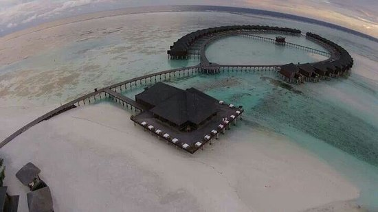 Olhuveli Beach & Spa Maldives : Olhuveli Beach an spa