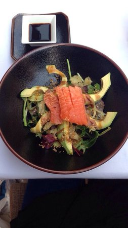 Seasons Restaurant: Avocado salat :) helt nydelig !
