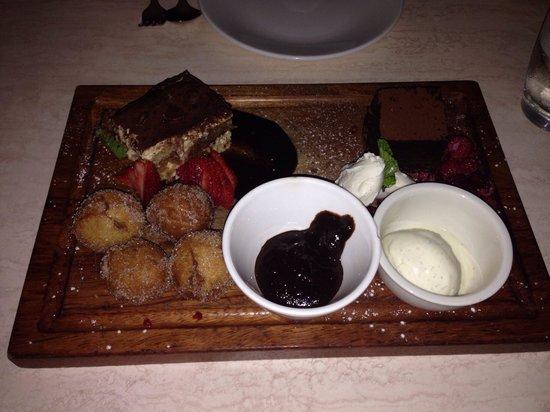 Bucci Italian Restaurant: Dessert Tasting platter YUMMO