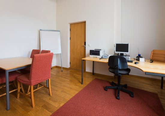 Neringa Hotel: Business center