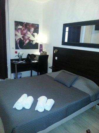 Hotel Le Twelve: notre chambre ,
