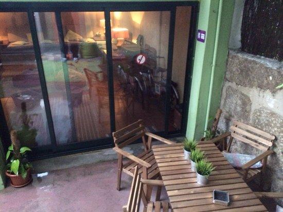 Oporto Sky Hostel : Backyard