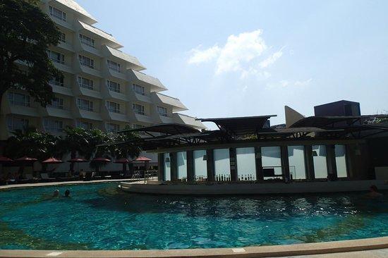 Andaman Embrace Patong: Pool area