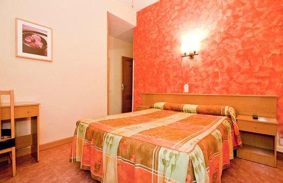 Hostal Oporto: Habitación Interior
