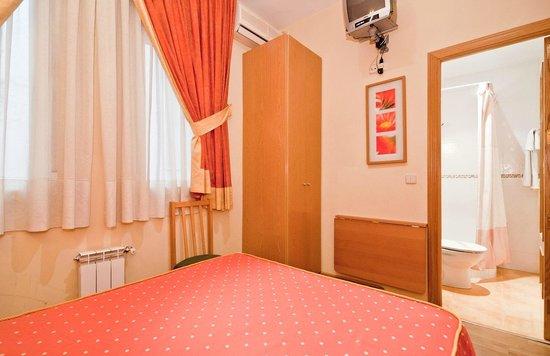 Hostal Oporto: Habitación Doble Uso Individual
