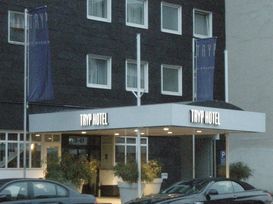 TRYP by Wyndham Berlin am Ku'Damm: Esterno
