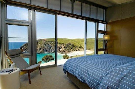 Kangaroo Beach Lodges : Master Bedroom